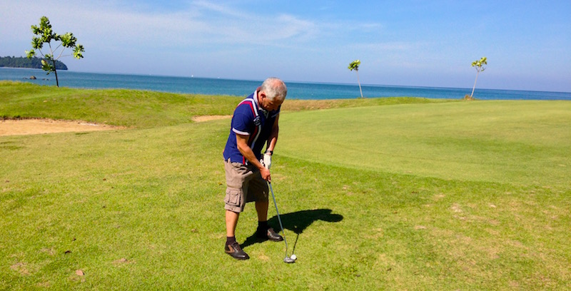 Un green du golf de Thap lamu
